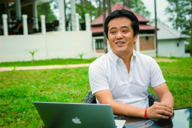 Listenの取材記事:カンボジア・キリロムの 自然融合型キャンパスから 日本と世界へIT人材を送る